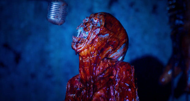 Death House: nuovi trailer e poster per il film ricco di icone horror