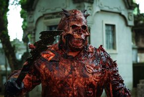 Skull: The Mask – Lo slasher gore brasiliano arriva su Shudder a maggio
